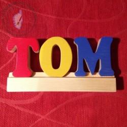 Lettres peintes sur glissière pour composer un prénom ou apprendre les lettres !