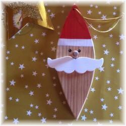 Décoration de Noël en bois pour le sapin Le père Noël a plusieurs modèles de moustaches