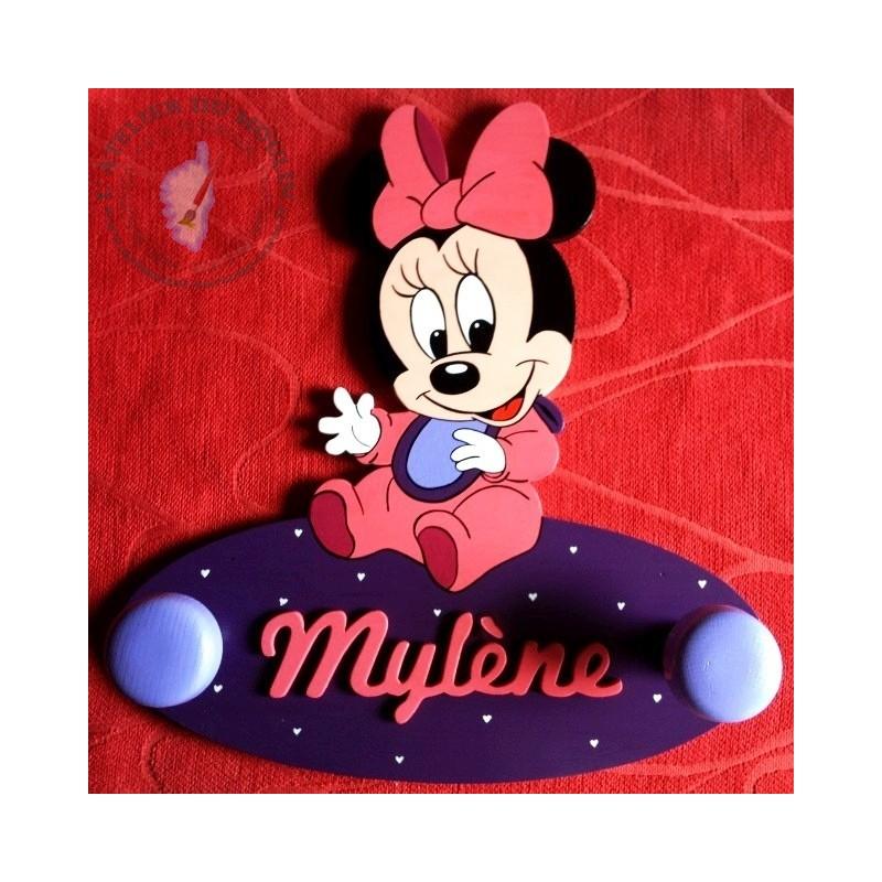 Adorable Minnie Baby ! Ce porte-manteau Minnie Baby ravira les petites filles !