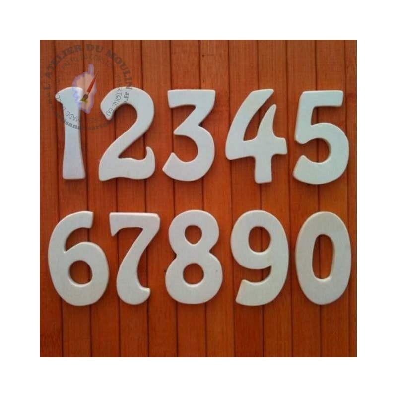 Chiffres en bois naturel à peindre ou à décorer  Plusieurs hauteurs possibles
