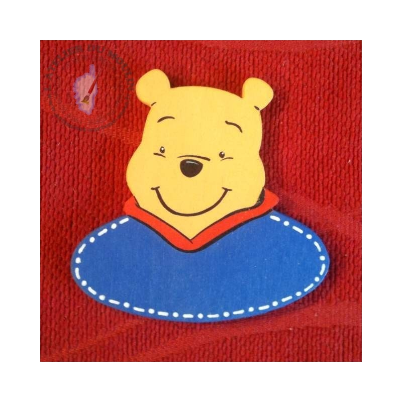 Badge Winnie l'Ourson à personnaliser par la couleur et le texte
