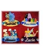 Des porte-manteaux  uniques et originaux pour retrouver vos héros et ranger votre chambre en même temps, pensez à les assortir a vos plaques de portes ou à vos prénoms décorés
